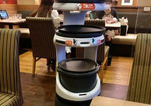 料理を注文したらロボットがやってきた!